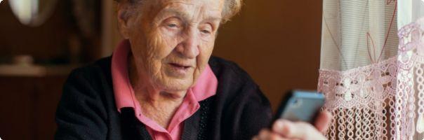 Stáří nemusí být jen závislé a osamělé