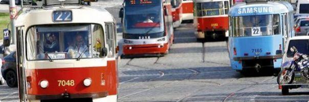 Kvůli hluku z tramvají se sejdou zástupci ministerstva a Prahy