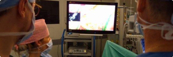 Nejmodernější technologie zobrazení využívající fluorescenci pomůže snížit výskyt pooperačních komplikací a zpřesnit diagnostiku v Nemocnici Nový Jičín
