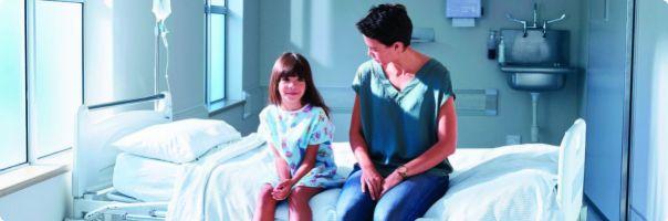 Smí rodiče s dítětem  třeba i na operační sál?